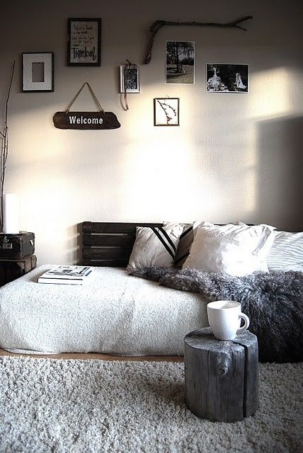 1000 ideas about mattress on floor on pinterest. Black Bedroom Furniture Sets. Home Design Ideas