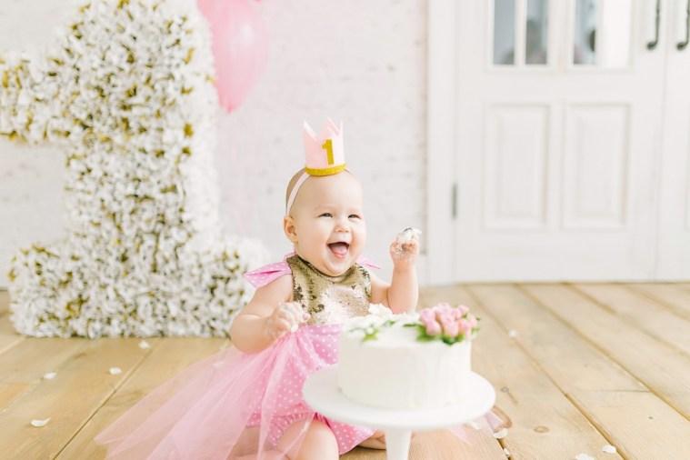 В стиле Chanel: первый день рождения Есении