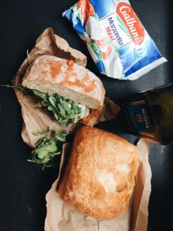 Итальянский сендвич с фрикадельками