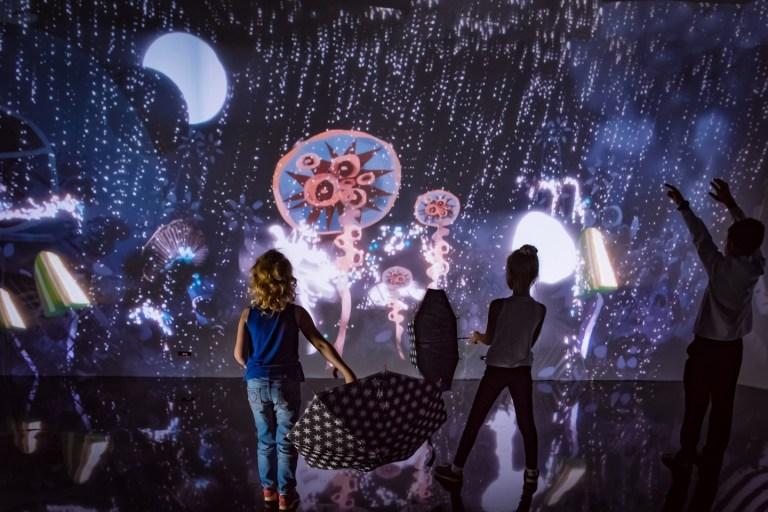 «Алиса. Возвращение в Страну чудес» от галереи иллюзий EYEBIRINT