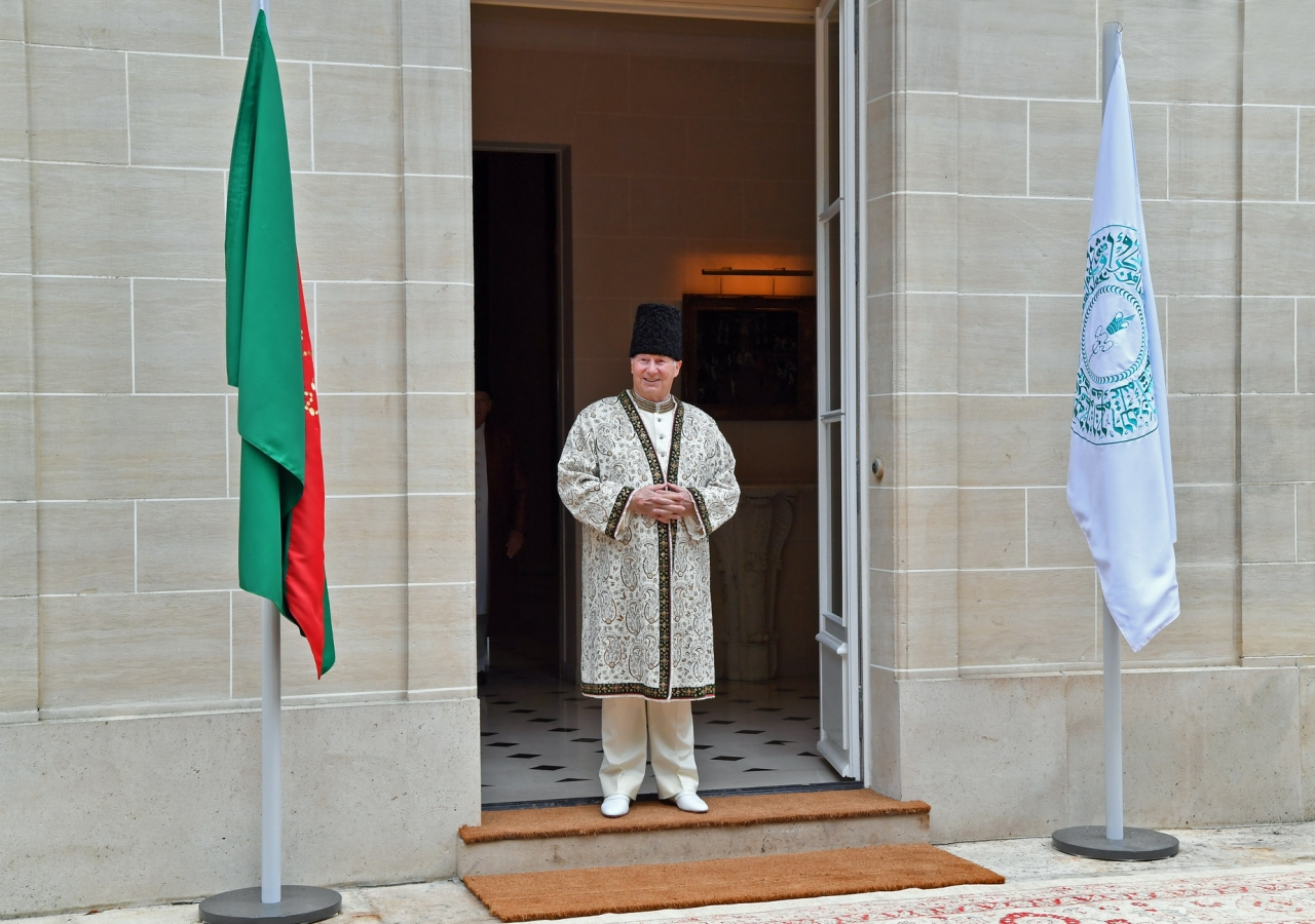 Aga France Mawlana Hazar Imam Receives Jamats Pledges And Prayers On