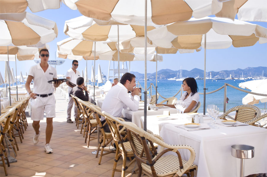 Restaurant Terrasse Paris The 7 Exclusive Journal Le Carlton Cannes : Une Légende