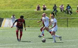 Women's soccer team rallies late to top Maryland 2-1
