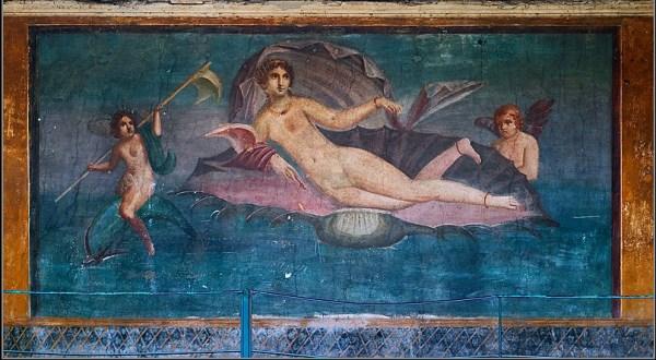 aphrodite_anadyomene_from_pompeii