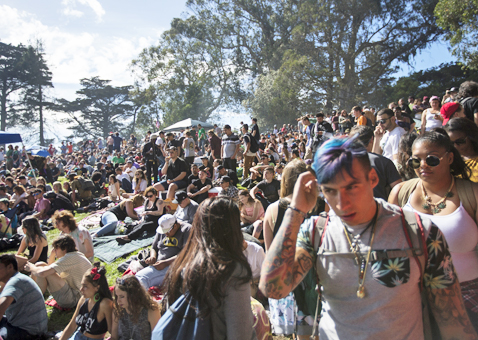 Hundreds of people pack into Golden Gate Park's Hippie Hill during a 4/20 celebration in San Francisco, Calif. Wednesday, April 20, 2016. (Jessica Christian/S.F. Examiner)