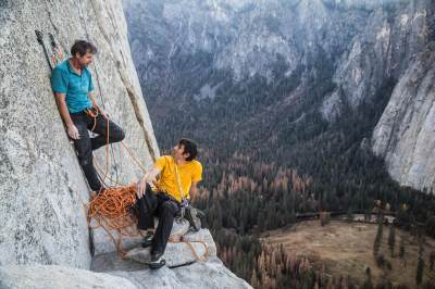Alex Honnold Made History As The First Ever To Scale Yosemite And Its 3,000 ft El Capitan ...