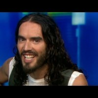 Russel Brand Stages a Walkout at Golden Bridge Yoga /// Highly Respected Kundalini Teacher Quits!