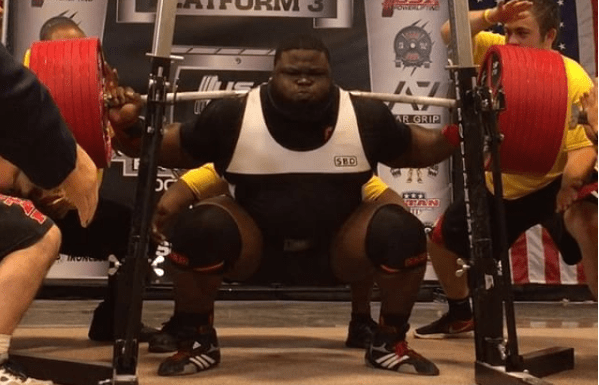 Ray Williams during 1,005-pound squat