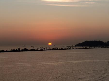 sunsetwaning.JPG