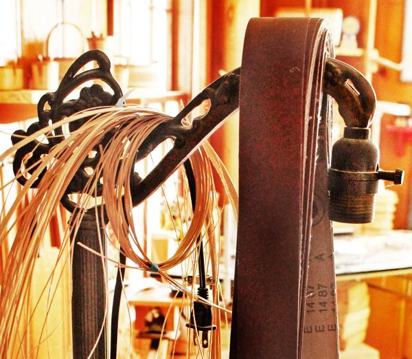 lamp-base-basket-weavers-close