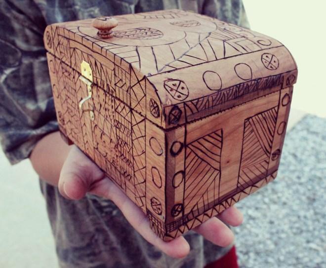 redneck-bootcamp-box-basket-front