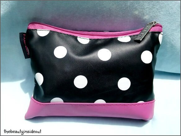 What The Chic ! August 2016 Fab Bag Review