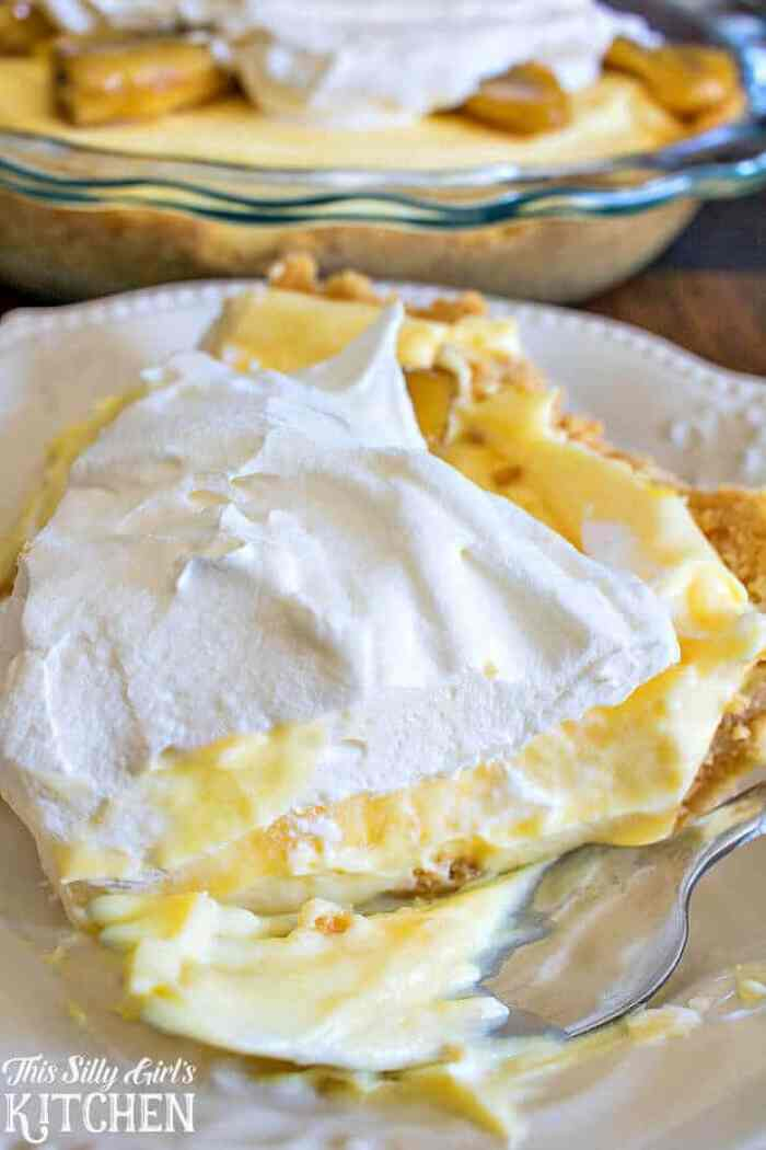 Caramelized Banana Pudding Pie - The Best Blog Recipes