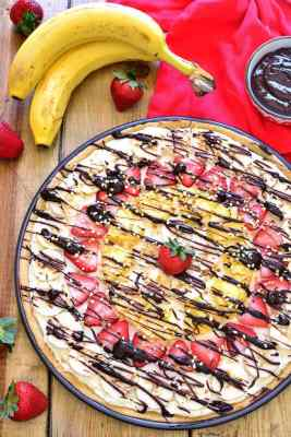 Banana Split Fruit Pizza