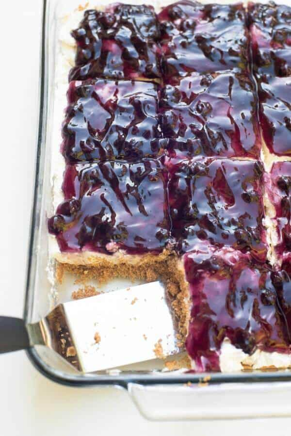 Easy Blueberry Cheesecake Dessert