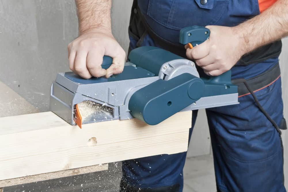 How To Use An Electric Planer The Best Power Toolz - Electric Hand Planer