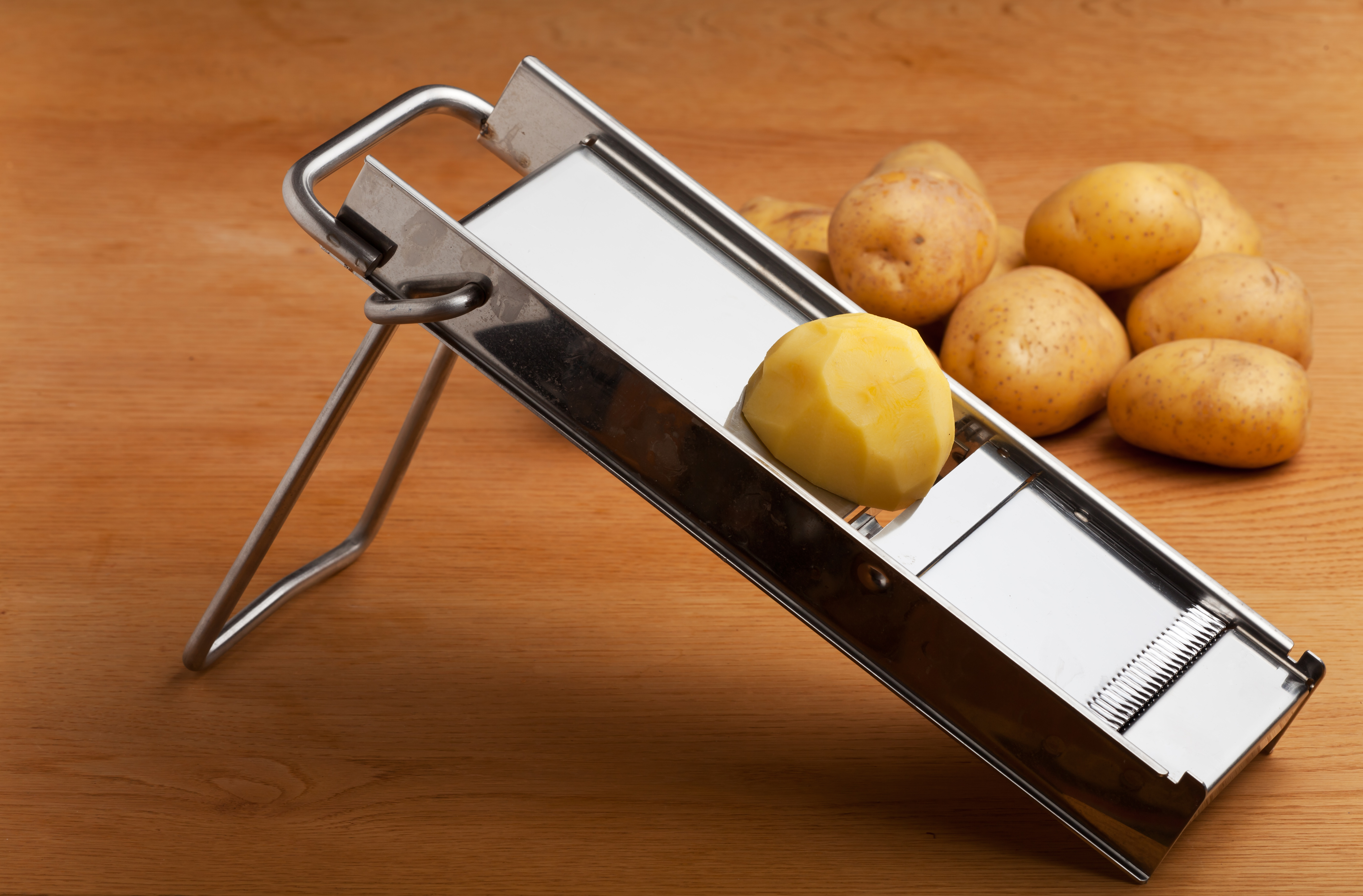 Mandoline Küche Why You Need To Purchase A Kitchen Slicing Mandolin