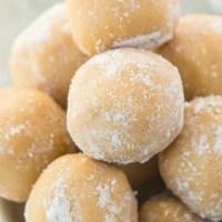 Healthy No Bake Eggnog Bites