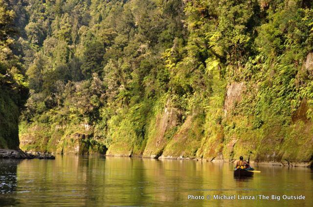 Canoeing the Whanganui River, North Island.