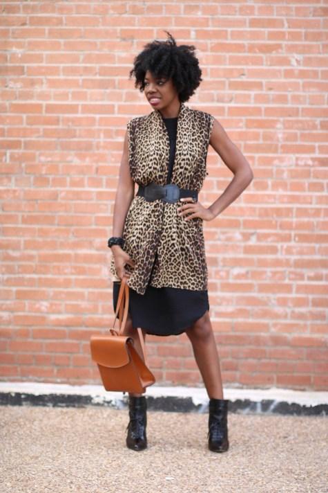 leopard print, black dress, basic black dress, leopard chic, blogger style, natural hair blogger, black style blogger, natural hair inspiration, fashion blogger, leopard style, leopard print sweater, leopard print vest, leopard sweater