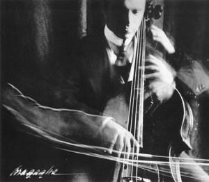 Violoncellista by Bragaglia