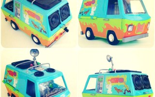 ScoobyDoo-BoomCase-BoomBox-MysteryMachine-Toy-LunchBox-BASS