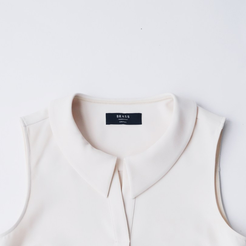 3-thesleevelessblouse