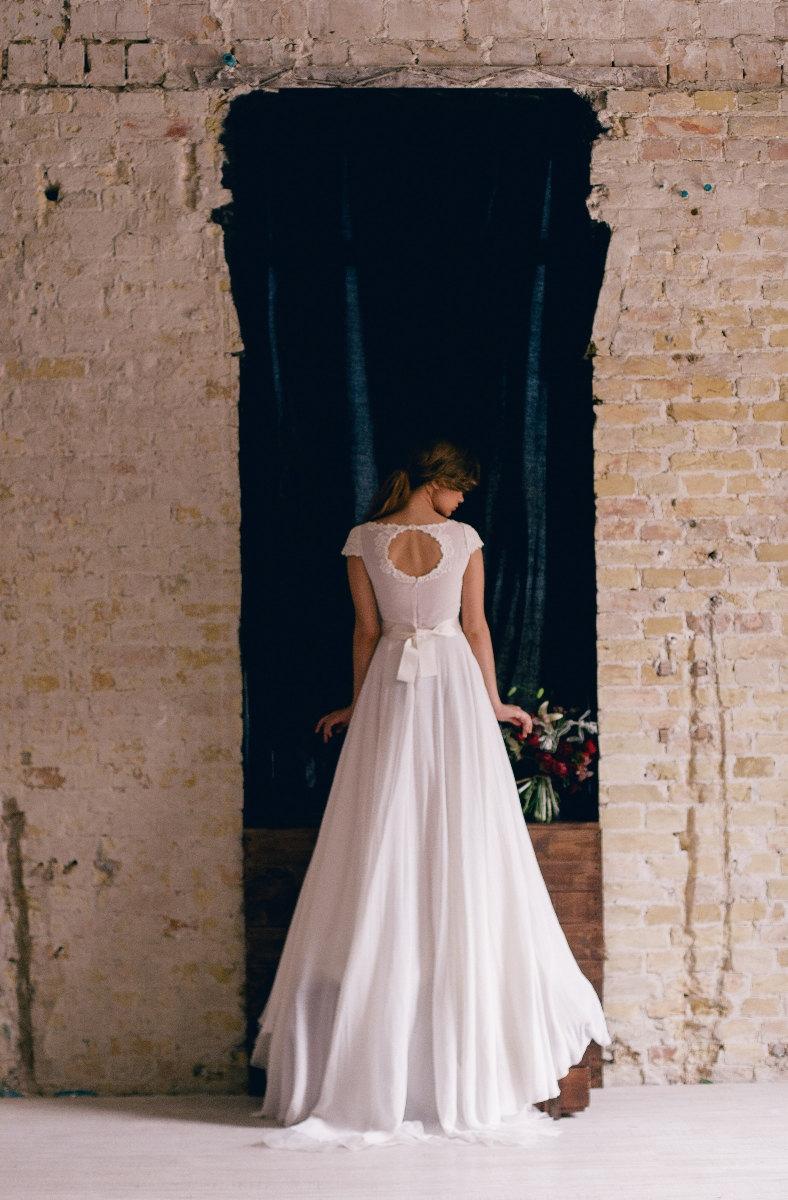 etsy wedding dress etsy wedding dresses Cathy Telle Etsy Wedding Dress