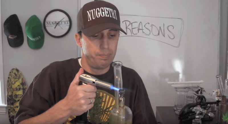 12 reasons I prefer to dab wax vs. smoke weed