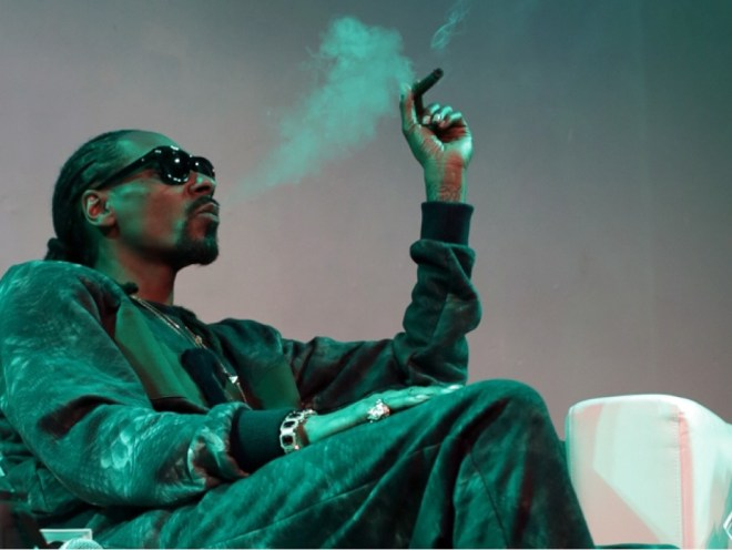 snoop-dogg-launching-new-strains-of-weed-to-be-sold-in-canada-allhiphop