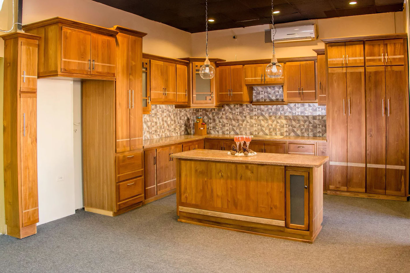 Kitchen Cabinets Solid Wood Construction Veneer And Solid Wood Teak Kitchen Cabinetry