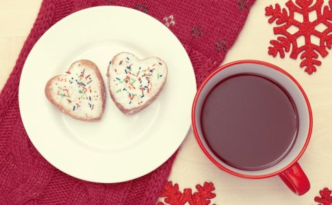 christmas breakfast with heart shaped cookies