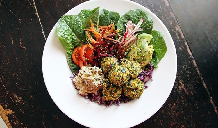 Paleo Cumin and Coriander Chickpea Salad