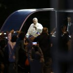 Pope encounter quick but powerful for Minnesota pilgrims