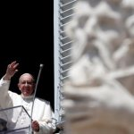 Help end 'absurd' conflicts with penance, prayer, pope says