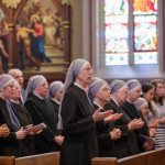 Court hears arguments in suit aiming to take mandate exemption from nuns