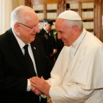 Pope meets Israeli president at the Vatican