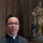 Seminarians offer 'Ave Maria' for Pope Francis in video letter