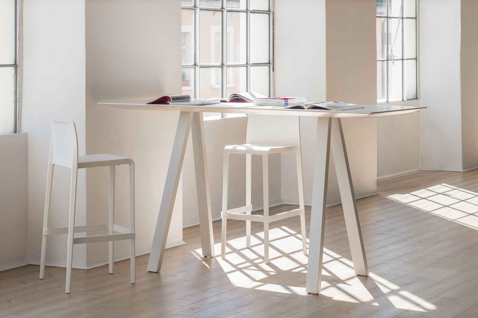 Table 200x80 Volt Stool The Chair Factory