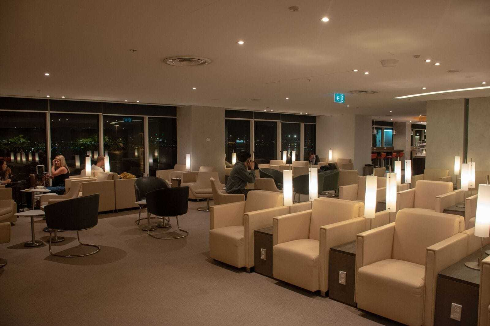 Lounge Sydney Review A Look At The Skyteam Sydney Lounge The Champagne Mile
