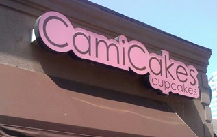 Cami Cakes sign