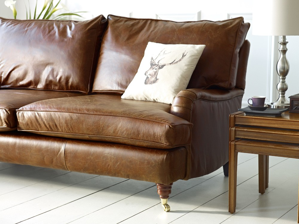 Antike Couch Downton Vintage Leather Sofa | The Chesterfield Company
