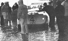 Chaparral pits at the 1965 Sebring