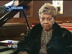 """Cissy Houston"""