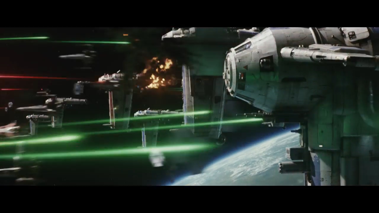 Star Wars- The Last Jedi Official Teaser.00_01_33_06.Still007