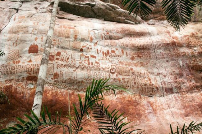 The petroglyphs in the Chiribiquete National Park by Piers Calvert.