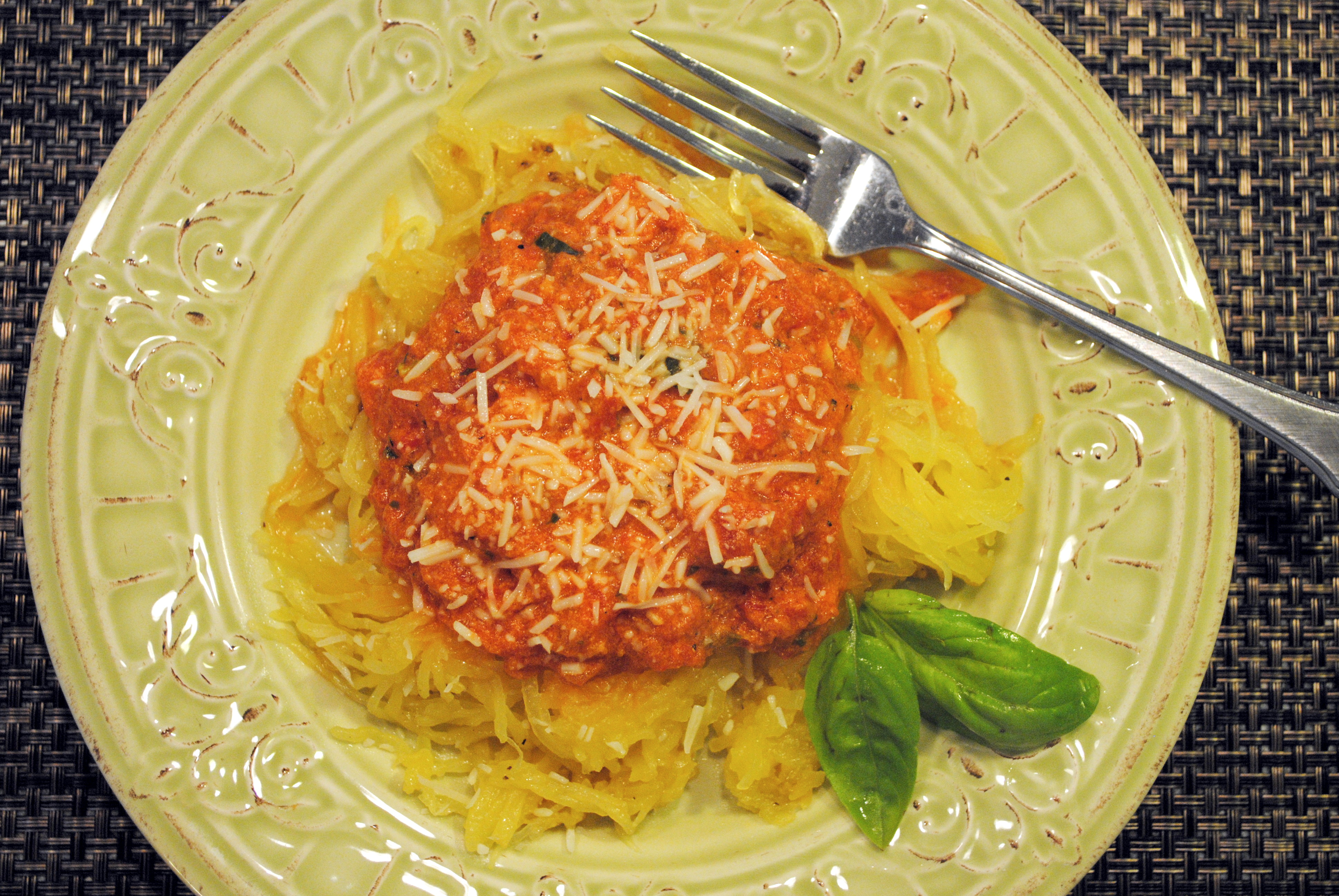 Easy Weeknight Dinner: Baked Spaghetti Squash with Creamy ...