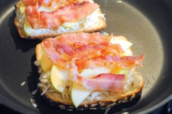 Gouda Apple Bacon Grilled Cheese