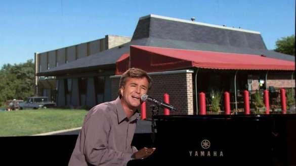 MattFarley_Papa_Razzi_NBC_TonightShow_Fallon_PizzaHut