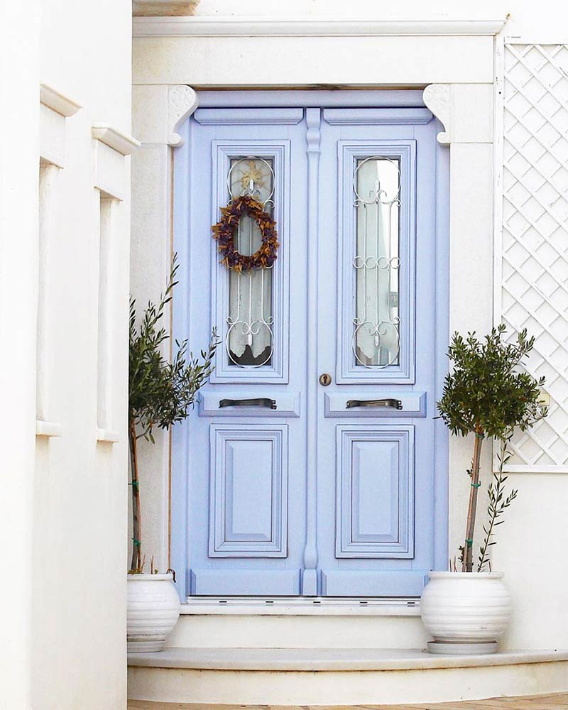 These Charming Front Doors Will Make You Want To Stay For A Visit Cottage Journal